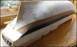 HMS Bounty — шлифовка, вельс, кормовая панель и чистовая обшивка